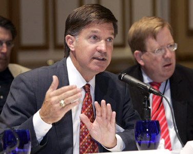As Chair of their Energy Committee, Will Wynn presents his slate of Resolutions to the full body of the U.S. Conference of Mayors at their annual business meeting