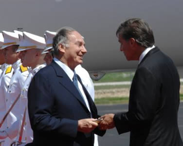 Will Wynn welcomes His Highness the Aga Khan to Austin